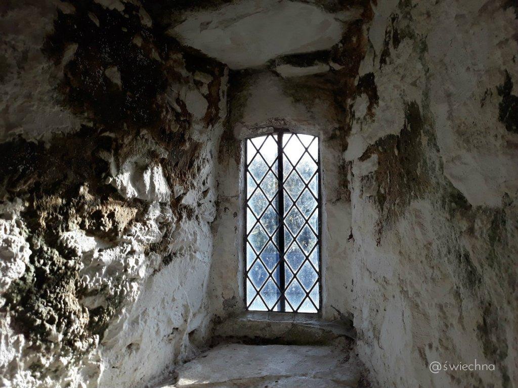 Niedziela Castle Ward naokoło (3)